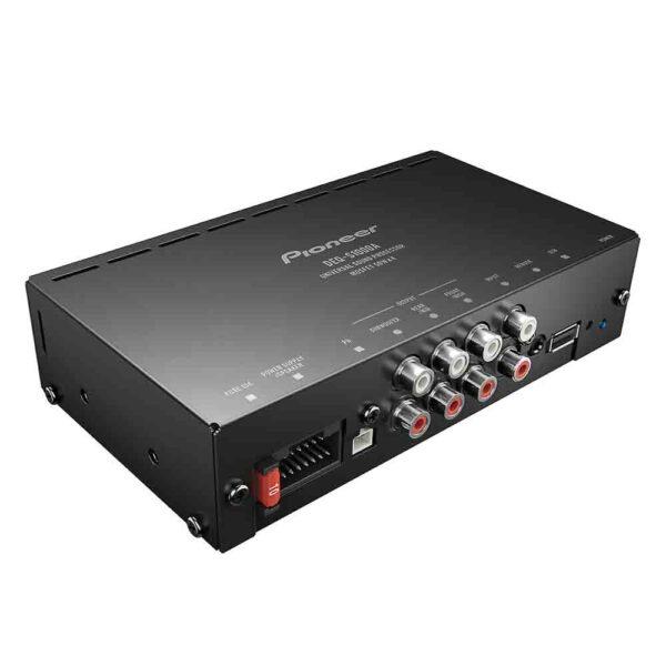 4-channel amplifier